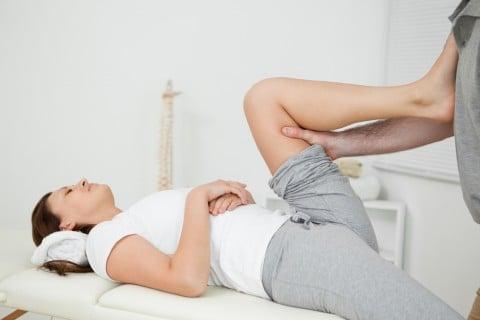 産後の股関節痛の矯正