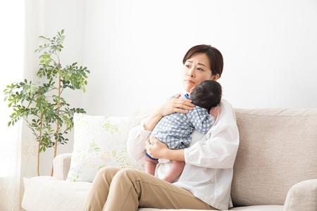 産後の育児のストレス