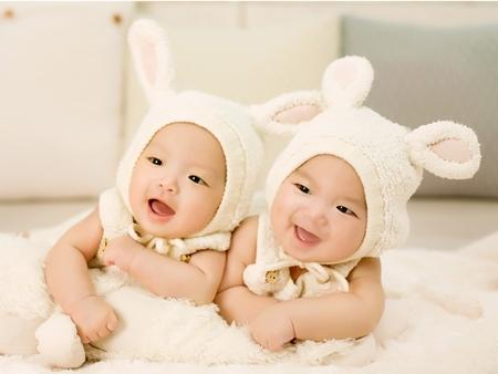 双子を妊娠すると骨盤がより広がる、大きくなる