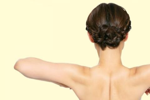 肩の高さは肩甲骨の場合も