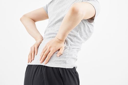 慢性的な腰痛は仙腸関節が原因?