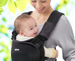 赤ちゃんは前抱っこおんぶどちらが負担?