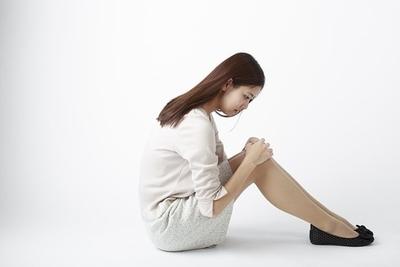 体育座りは骨盤バランスを崩し姿勢も悪くなります