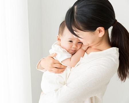 産後に抱っこで腰痛