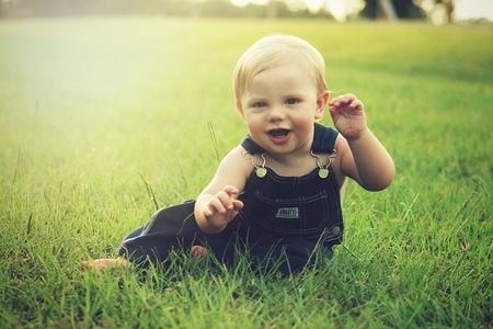 赤ちゃんと公園