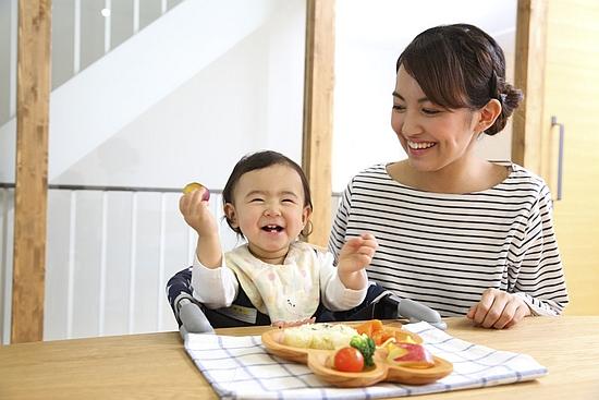 赤ちゃんの離乳食の環境づくり
