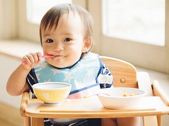 赤ちゃんの離乳食3