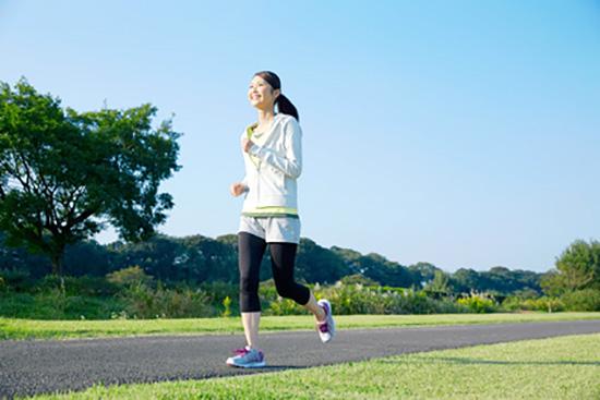 腸腰筋は歩く、走る、飛ぶ