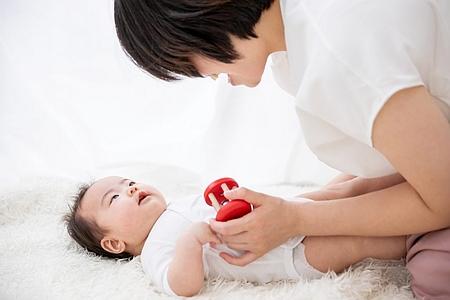 ママと赤ちゃんのふれあい
