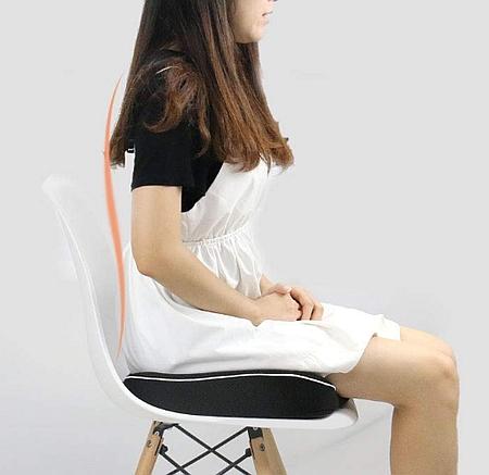腰に負担が少ない座り方