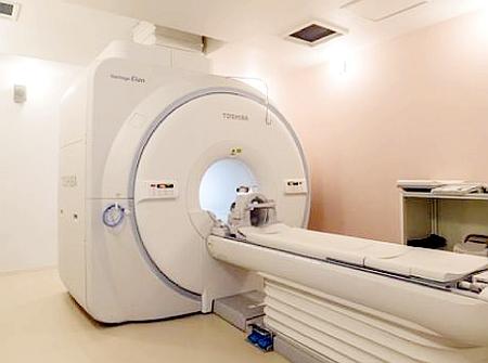 MRIで腰痛検査