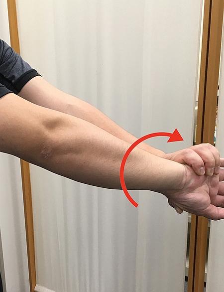 回外筋のストレッチ方法