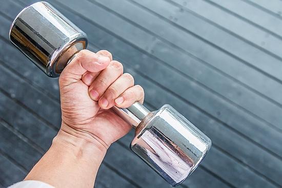 撓側手根屈筋を鍛える筋トレやストレッチ